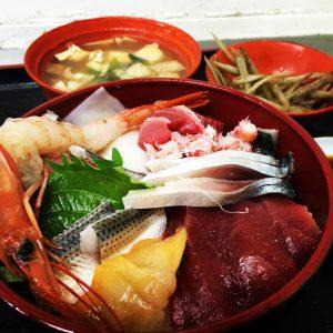 横浜中央卸売市場海鮮丼
